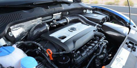 Automotive design, Engine, Automotive exterior, Automotive engine part, Personal luxury car, Automotive air manifold, Luxury vehicle, Automotive super charger part, Hood, Kit car,