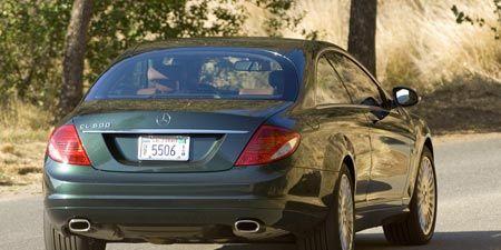 Tire, Mode of transport, Vehicle, Automotive lighting, Car, Automotive tire, Vehicle registration plate, Automotive exterior, Fender, Rim,