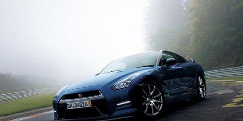 Motor vehicle, Automotive design, Vehicle, Road, Automotive mirror, Headlamp, Hood, Automotive lighting, Rim, Car,