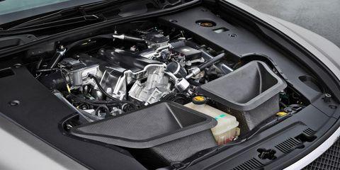 Automotive design, Automotive exterior, Grille, Hood, Bumper, Engine, Automotive engine part, Carbon, Luxury vehicle, Personal luxury car,