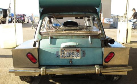 Motor vehicle, Vehicle, Vehicle registration plate, Automotive exterior, Fender, Bumper, Trunk, Vehicle door, Classic car, Teal,