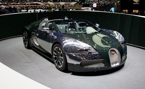 Mode of transport, Automotive design, Land vehicle, Vehicle, Car, Headlamp, Automotive mirror, Performance car, Bugatti veyron, Supercar,
