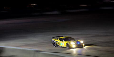Tire, Automotive design, Vehicle, Land vehicle, Motorsport, Car, Sports car racing, Race track, Rallying, Racing,