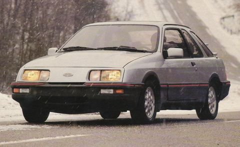 10 Most Embarrassing Award Winners in Automotive History