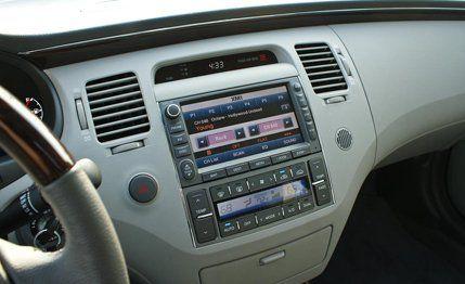 2011 Hyundai Azera Limited Road Test 8211 Review 8211 Car And Driver