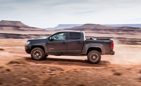2017 Chevrolet Colorado ZR2 Diesel Test | Review | Car and