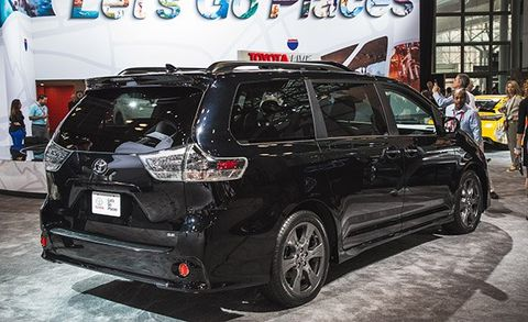 2018 Toyota Sienna Release Date >> 2018 Toyota Sienna Photos And Info News Car And Driver