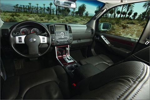 Jeep Grand Cherokee vs  Kia Borrego, Nissan Pathfinder, Toyota 4Runner