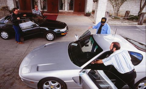 Tire, Wheel, Motor vehicle, Automotive design, Land vehicle, Vehicle, Automotive tire, Automotive wheel system, Automotive parking light, Car,