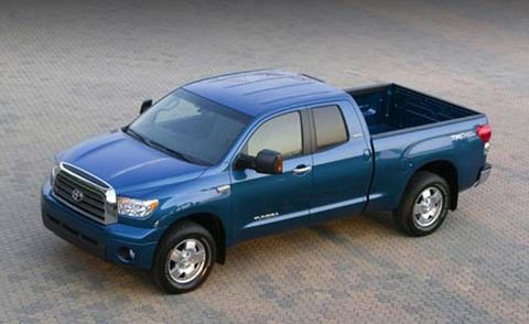 Tire, Wheel, Motor vehicle, Automotive tire, Automotive design, Vehicle, Transport, Land vehicle, Rim, Car,