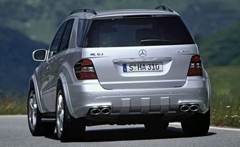 Motor vehicle, Tire, Automotive design, Automotive tail & brake light, Vehicle, Product, Land vehicle, Car, Automotive exterior, Automotive lighting,