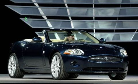 Tire, Wheel, Automotive design, Mode of transport, Vehicle, Headlamp, Automotive mirror, Car, Automotive lighting, Hood,