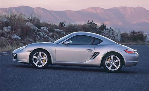 Tire, Wheel, Automotive design, Vehicle, Mountainous landforms, Alloy wheel, Rim, Car, Mountain range, Performance car,