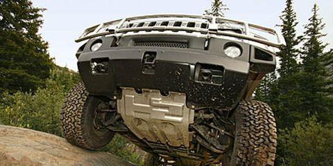 Tire, Motor vehicle, Wheel, Automotive tire, Mode of transport, Automotive design, Automotive exterior, Vehicle, Automotive wheel system, Hood,