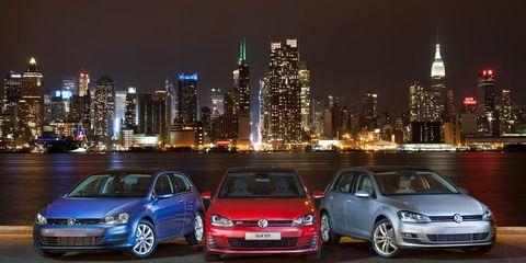Tire, Automotive design, Vehicle, Land vehicle, Metropolitan area, Metropolis, Cityscape, Tower block, Car, Tower,