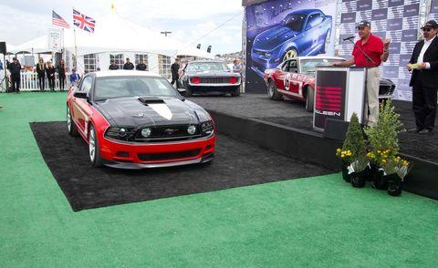 Motor vehicle, Automotive design, Vehicle, Land vehicle, Car, Hood, Performance car, Grille, Personal luxury car, Luxury vehicle,