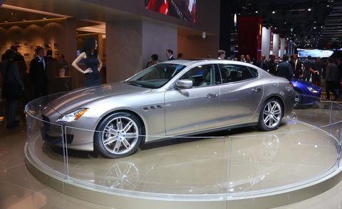Tire, Wheel, Automotive design, Vehicle, Land vehicle, Car, Rim, Alloy wheel, Spoke, Personal luxury car,