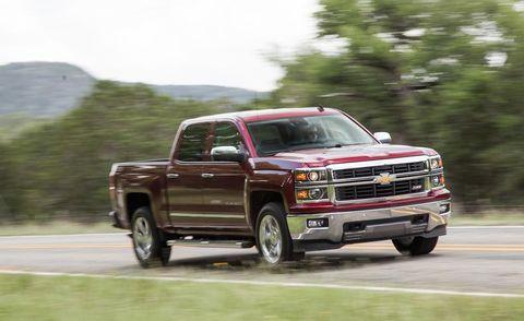 Automotive tire, Automotive design, Vehicle, Road, Rim, Pickup truck, Fender, Glass, Automotive mirror, Grille,