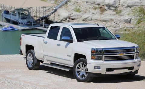 Wheel, Automotive tire, Vehicle, Land vehicle, Automotive design, Pickup truck, Rim, Landscape, Hood, Grille,