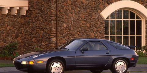 Land vehicle, Vehicle, Car, Sports car, Porsche 928, Coupé, Sedan, Subcompact car, Compact car,