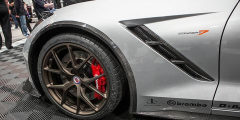 Tire, Wheel, Automotive design, Automotive tire, Alloy wheel, Vehicle, Rim, Automotive wheel system, Spoke, Car,