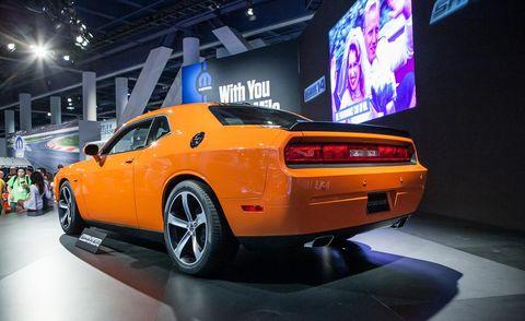 Tire, Motor vehicle, Wheel, Automotive design, Vehicle, Land vehicle, Automotive tire, Car, Performance car, Automotive exterior,