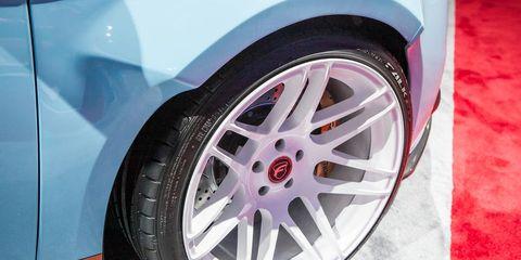 Tire, Wheel, Automotive tire, Alloy wheel, Automotive design, Vehicle, Automotive exterior, Spoke, Automotive wheel system, Rim,
