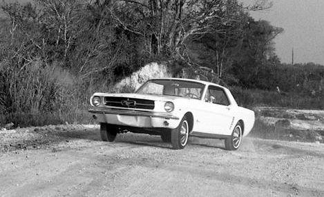 Land vehicle, Vehicle, Car, Classic car, Family car, Sedan, Fiat 125, Coupé,