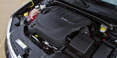 Automotive design, Engine, Automotive exterior, Automotive engine part, Luxury vehicle, Personal luxury car, Hood, Automotive air manifold, Performance car, Kit car,
