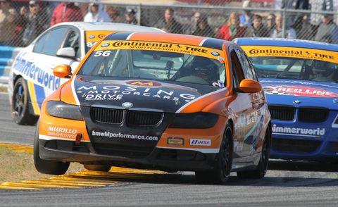 Tire, Wheel, Vehicle, Land vehicle, Vehicle registration plate, Car, Motorsport, Racing, Full-size car, Auto racing,