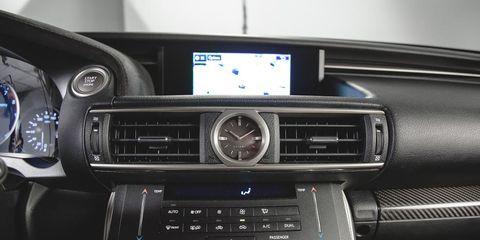 Automotive design, Vehicle audio, Electronic device, Center console, Technology, Electronics, Personal luxury car, Luxury vehicle, Steering part, Steering wheel,