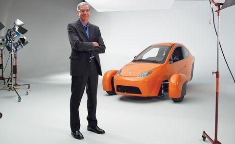 Tire, Wheel, Automotive design, Product, Vehicle, Vehicle door, Car, Automotive wheel system, Auto show, Alloy wheel,