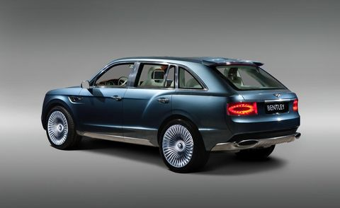 Tire, Wheel, Automotive design, Product, Automotive tire, Vehicle, Automotive tail & brake light, Car, Rim, Alloy wheel,