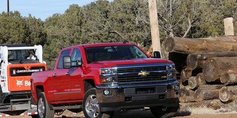 Automotive design, Vehicle, Land vehicle, Transport, Automotive tire, Hood, Fender, Grille, Automotive exterior, Bumper,