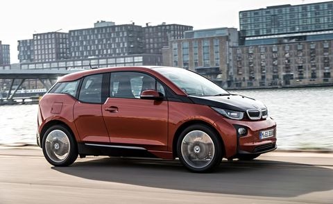 Tire, Wheel, Motor vehicle, Mode of transport, Automotive design, Vehicle, Window, Automotive mirror, Automotive tire, Car,