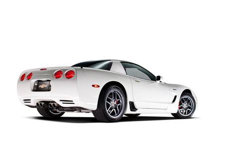 Tire, Wheel, Automotive design, Vehicle, Automotive lighting, Alloy wheel, Automotive tire, Rim, Performance car, Car,