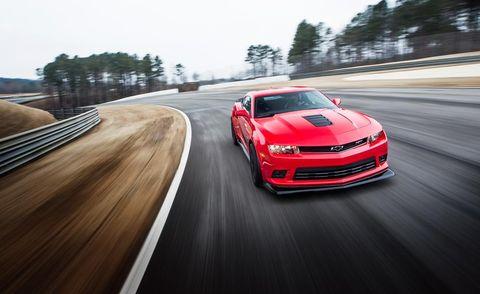 Tire, Wheel, Automotive design, Vehicle, Land vehicle, Road, Performance car, Car, Rim, Hood,