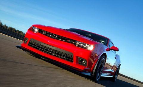 Automotive design, Automotive exterior, Vehicle, Automotive lighting, Hood, Grille, Headlamp, Car, Red, Performance car,