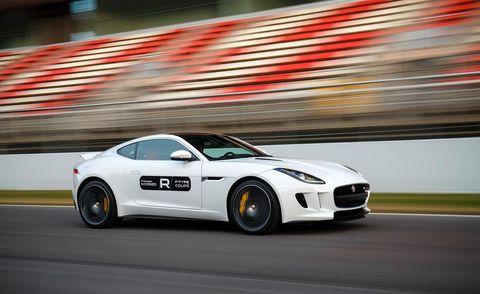 Tire, Wheel, Automotive design, Vehicle, Performance car, Car, Rim, Sports car, Alloy wheel, Fender,