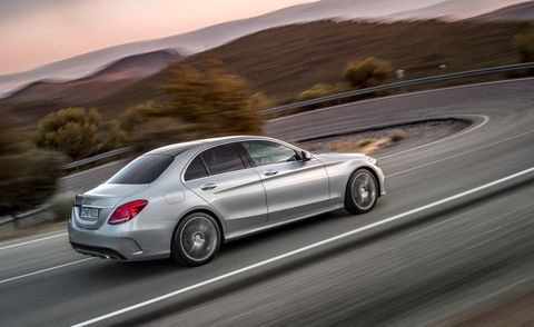Tire, Wheel, Automotive design, Mode of transport, Road, Vehicle, Car, Rim, Alloy wheel, Spoke,