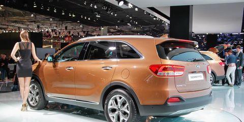Tire, Wheel, Automotive design, Product, Land vehicle, Vehicle, Event, Car, Auto show, Alloy wheel,