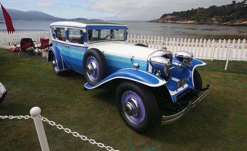 Mode of transport, Vehicle, Photograph, Classic car, Car, Fender, Antique car, Classic, Headlamp, Luxury vehicle,