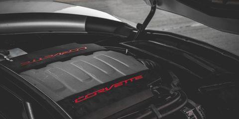 Automotive design, Fender, Carbon, Hood, Synthetic rubber, Kit car,
