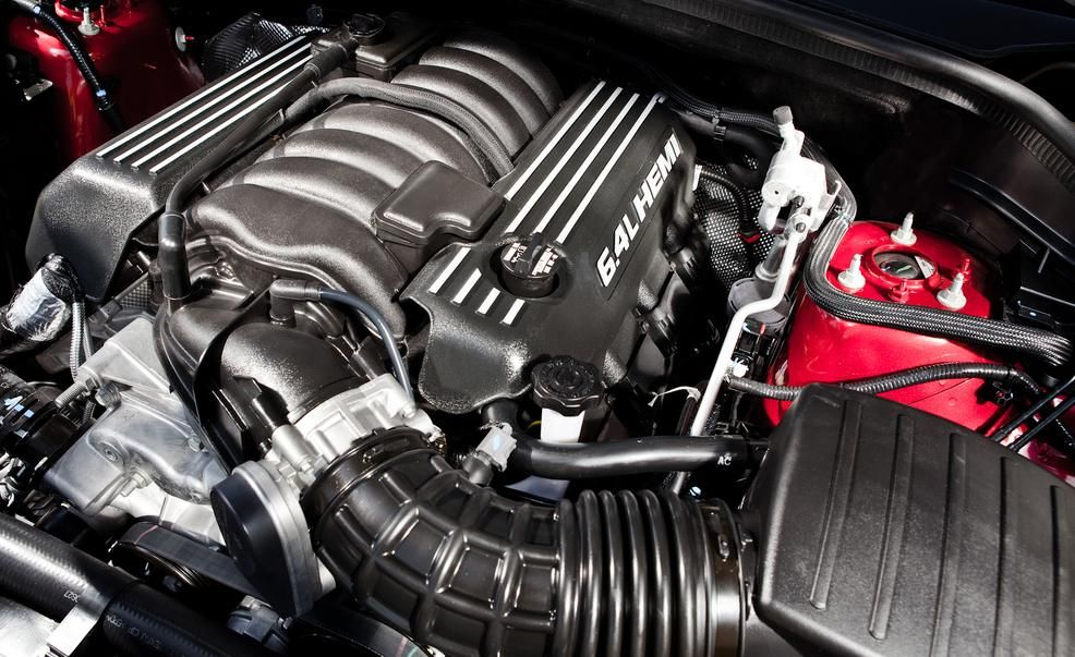 2017 Jeep Grand Cherokee Srt Gets More Quiet Red Vapor News Car And Driver