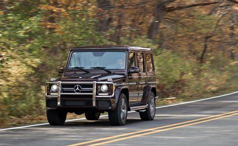 Tire, Mode of transport, Automotive tire, Automotive design, Road, Vehicle, Automotive parking light, Rim, Car, Mercedes-benz g-class,