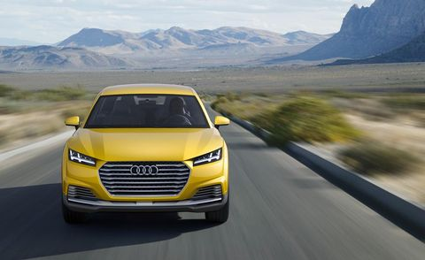Motor vehicle, Road, Mode of transport, Automotive design, Automotive mirror, Transport, Yellow, Vehicle, Mountainous landforms, Automotive lighting,