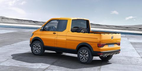 Tire, Motor vehicle, Wheel, Automotive tire, Automotive design, Yellow, Vehicle, Pickup truck, Rim, Automotive parking light,
