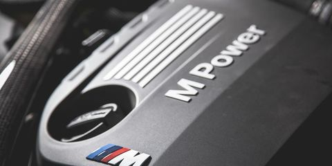 Automotive design, Logo, Symbol, Carbon, Close-up, Machine, Trademark, Brand, Kit car, Automotive decal,