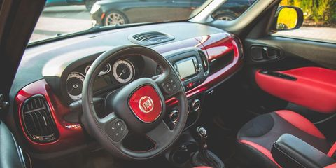 Motor vehicle, Steering part, Mode of transport, Automotive design, Steering wheel, Vehicle, Automotive mirror, Transport, Red, Speedometer,