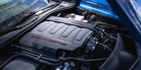 Engine, Personal luxury car, Automotive engine part, Luxury vehicle, Carbon, Kit car,
